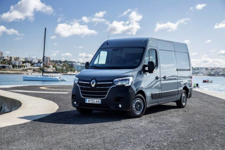 equipamiento furgonetas Renault Master
